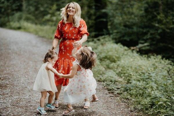 Dance with children