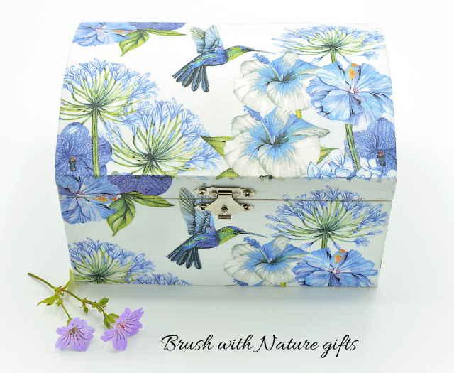 Hummingbird jewellery box