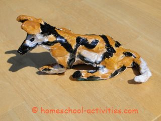 pottery hunting dog