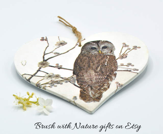 Owl decorative hanging sign