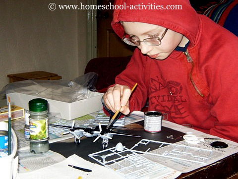 painting plastic model airplanes