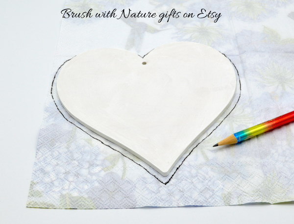 Decoupage painted wooden heart instructions draw round napkin