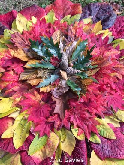 fall leaf decoration