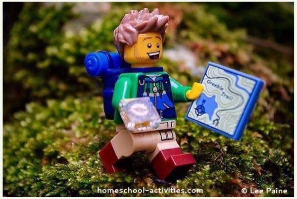 geocaching lego minifig